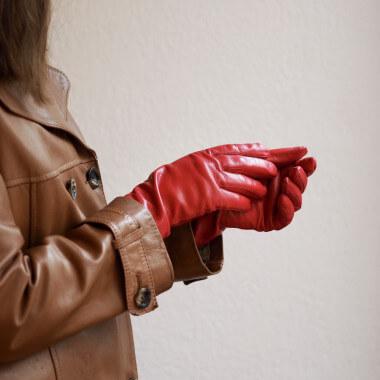 KAISA Lambnappa FERRARI RED 100% Silk