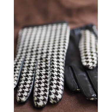 Beata Lambnappa BLACK/HOUNDSTOOTH 100% Silk