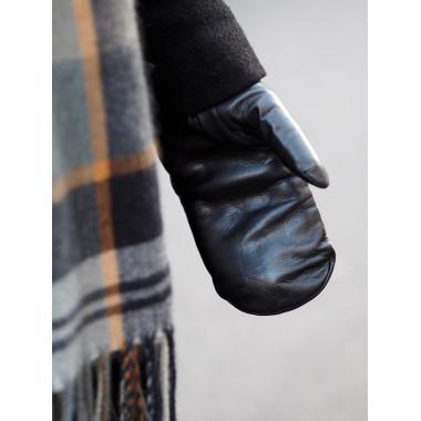 BRIT Lambnappa BLACK Cashmere blend