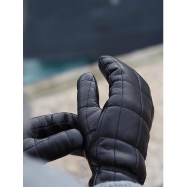 FIA Lambnappa BLACK 100% Cashmere