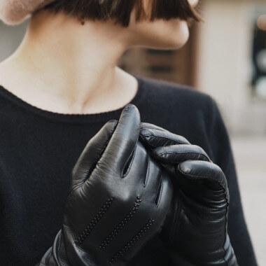 ISABEL Lambnappa BLACK/BLACK PEARLS Cashmere blend